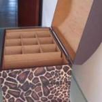 01 bau para bijouterias ou maquiagens grande caixa bau grande 150x150 Modelos de Caixas Para Guardar Bijouterias