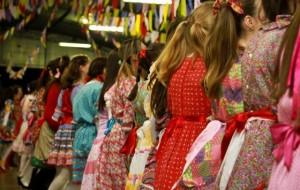 Festa Junina: Símbolos, Significados, Histórias