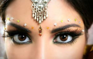 Maquiagem Indiana- Saiba como Fazê-la e onde Usá-la