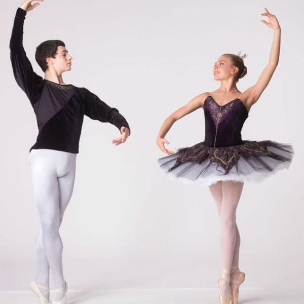 134938 aulas de ballet para crianças gratis 600x600 Curso de Ballet Clássico Grátis