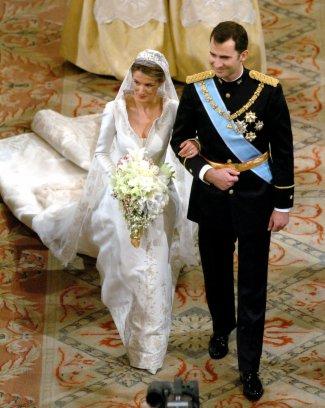 168977 decotes sensuais Vestidos de Casamentos das Rainhas