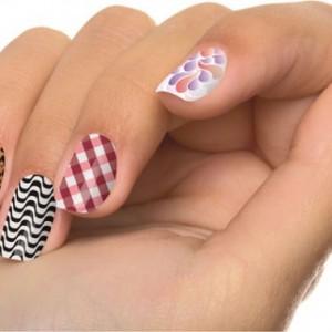 18057 unhas decoradas aprenda a fazer desenho nas unhas 15 300x300 Unhas Decoradas   Aprenda a fazer desenho nas unhas