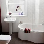 O branco é uma cor que contribui muito com a decoração do banheiro. (Foto: Divulgação)