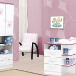 Os quartos das meninas geralmente são mais coloridos e o guarda-roupa acompanha (Foto: Divulgação)