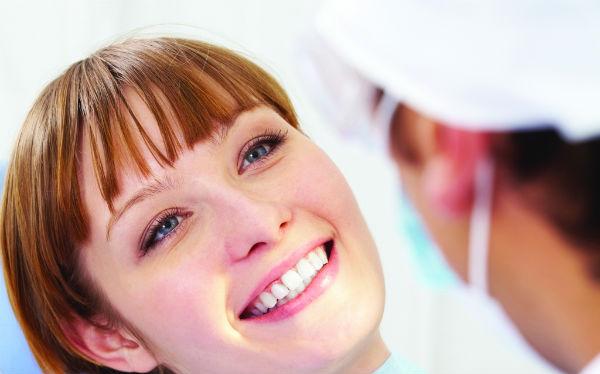 Simplan Implantes Dentários