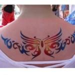 Tatuagem adesiva colorida