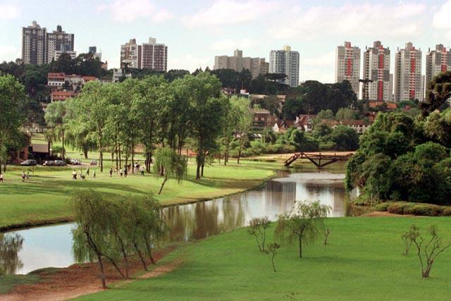 Hotéis baratos em Curitiba-PR