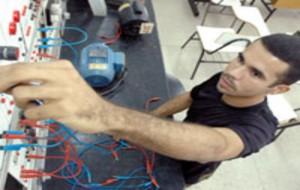 Curso Técnico Gratuito de Eletromecânica no SENAI