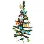 Existem alguns modelos de pinheirinhos de Natal que vêm com os enfeites. (Foto: Divulgação)