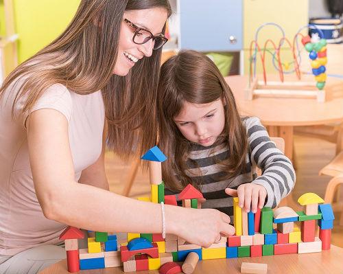 Curso de Cuidador de Crianças Gratuito