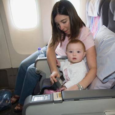 Viajar com bebe ou criança de avião – Dicas