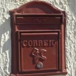 Caixa de correio embutida