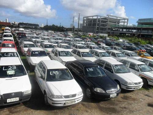 Colombo Leilões de Automóveis