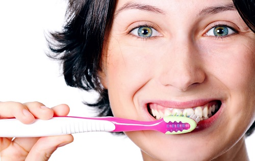 Como Fazer Limpeza de Dente em Casa