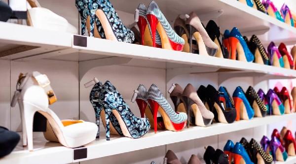 621214c39 Os preços dos sapatos femininos são mais em conta nas lojas online (Foto   Divulgação)