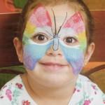 pintura em rosto infantil