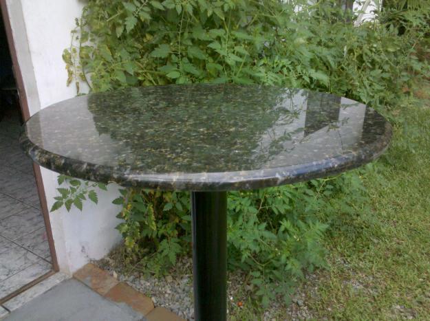 Mesas de granito para casa ou empresa mundodastribos for Empresas de granito