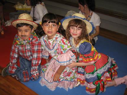 Roupas de Festa Junina Infantil