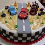 decoração carros festa infantil 5