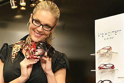 eb305561626f6 Óculos da Ana Hickmann
