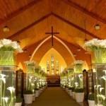 fotos de decoração de casamento na igreja 2