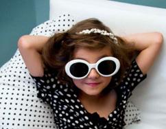 Lingerie Infantil: a Marca Jours Après Lunes é Criticada por Campanha Ousada Envolvendo Crianças