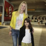 Fiorella Mattheis e a sobrinha. Foto: Felipe Panfili/ AgNews