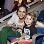 Fernanda Tavares com o filho Lucas. Foto: Felipe Panfili/ AgNews