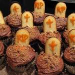 Os cupcakes que imitam cemitério fazem sucesso nas festas de Halloween. (Foto: Divulgação)