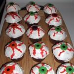Você só precisa ter criatividade para fazer seus cupcakes de Halloween. (Foto: Divulgação)