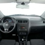 Vw-Space-Cross-2012-interior-painel