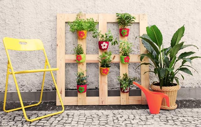 decoração de jardim simples madeira reciclavel