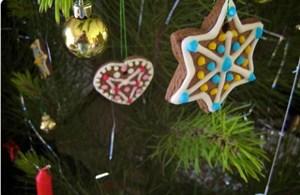 Aprenda a decorar a árvore da natal com enfeites comestíveis