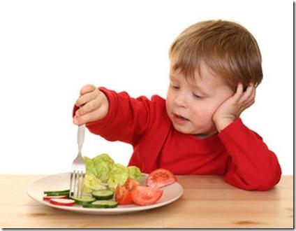 Saiba como despertar o prazer de comer verduras nos filhos