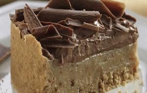 Receita de torta de amendoim com chocolate