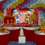 As crianças vão se divertir com a decoração da festa