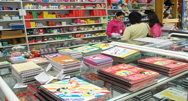 Como economizar na hora de comprar o material escolar