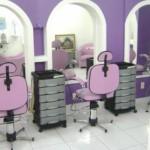 O lilás é uma cor delicada que ajuda na decoração do salão