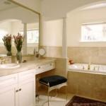 Banheiro com visual sofisticado.