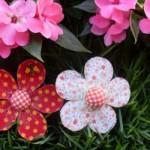 Flores estampadas feitas com PET.
