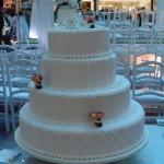Bolo de casamento com quatro andares (Foto:Divulgação)