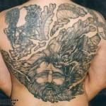 Tatuagem fechando as costas (Foto:Divulgação)