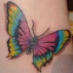 Tatuagem de borboleta colorida (Foto:Divulgação)