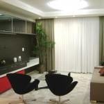 A mobília planejada é uma solução para ambiente pequeno.