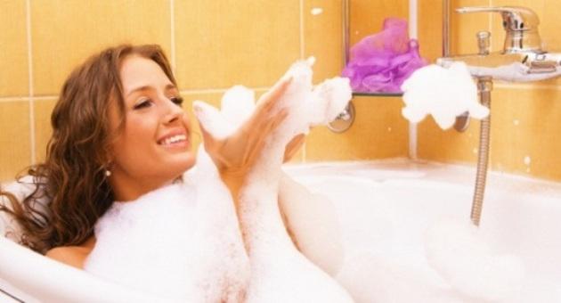 Produtos para cuidar da pele durante o banho