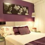 Use fotos para dar um ar romântico ao quarto.