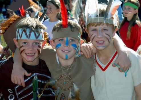 O Dia do Índio garante a alegria da criançada.