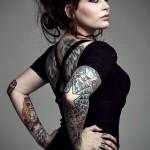 Tatuagens diversas pelo corpo