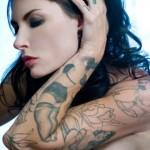 Tatuagem em preto