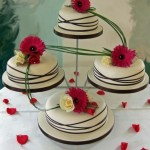 Bolo de Casamento em Pratos Separados